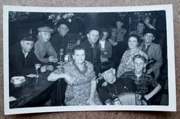 (K262) - Photo D'un Marinier - Henri Bols Op Zijn 63 Verjaardag In Kafee Sans Peur - Ses 63 Ans Au Café Sans Peur - Identifizierten Personen