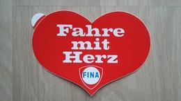 Aufkleber Aus Deutschland Mit Werbung Für Eine Tankstelle (Fina) - Stickers