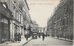 58 . Nièvre  :   Nevers : La Place Guy Coquille . - Nevers