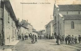 38 , VAULNAVEYS-LE-HAUT , La Rue Centrale , * 432 71 - France