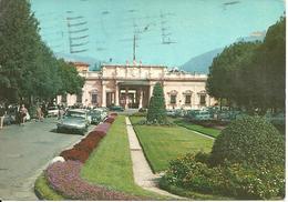 Montecatini Terme (Pistoia) Stabilimento Tettuccio, Giardini Ingresso, Auto Citroen DS, Tettuccio Establishment - Pistoia