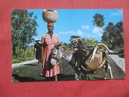 Marchande On St Marc Road Haiti    Ref 3795 - Haiti