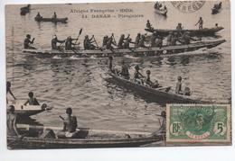DAKAR (SENEGAL) - PIROGUIERS - Sénégal