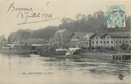 CPA 64 Pyrénées-Atlantiques Bayonne Le Port Sailor's Home Ciment - Bayonne