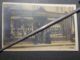92 - Bois - Colombes - Carte Photo - Commerce - Mercerie - Modes - Bonneterie 13 Rue D'Estienne D'Orves - 1905 - - Colombes