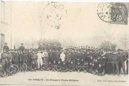 LES ANDELYS : Un Groupe A L Ecole Militaire - Unclassified