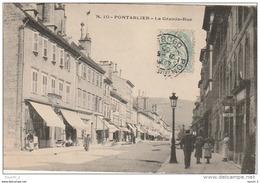 BE 19 -     PONTARLIER  -  LA GRANDE RUE    -  COMMERCES  ET PASSANTS   -  2 SCANS - Pontarlier