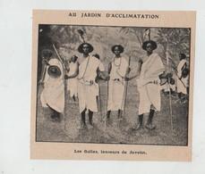 Jardin D'Acclimatation Les Gallas Lanceurs De Javelots - Alte Papiere
