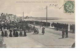 SABLE D'OLONNE - Arrivée Des Régiments - La Prèsentation Au Drapeau - Sables D'Olonne