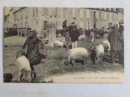 """C. P. A. : 64 Les Pyrénées : Marché Aux Cochons, """"SIMACOURBE Restaurateur"""", Timbre En 1909 - Autres Communes"""