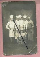 Carte Photo Très Abîmée  - Souvenir De L'Hôtel Du Rhin 1916  Amiens 1916  ( Cuisinier , Cuisiniers ) - Amiens