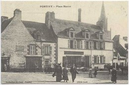 PONTIVY : Place Bisson - Pontivy