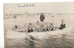 CPA, Carte Photo, 4 Personnes Dans Un Canoe En Bord De Mer, De 1926, écrite, - Personnes Anonymes
