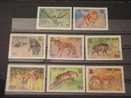 VIETNAM - 1988 Fauna  8 VALORI - NUOVI(++) - Vietnam