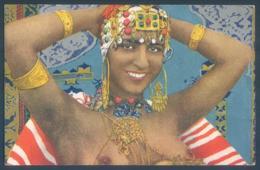 Algérie Femme Kabyle Seins Nus - Donne