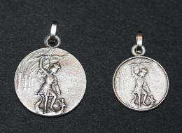 """Série De 2 Pendentifs Médailles Religieuses """"Saint Michel Terrassant Le Dragon - Mont Saint Michel"""" - Pendentif Médaille - Religion & Esotericism"""