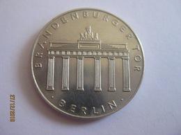 Germany: Medal DDR 1967 Brandenburger Tor - Berlin - Sonstige
