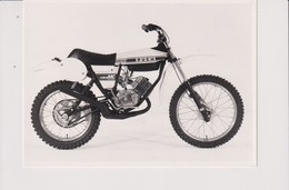 Puch Cobra MC  +-17cm X 10cm  Moto MOTOCROSS MOTORCYCLE Douglas J Jackson Archive Of Motorcycles - Foto's