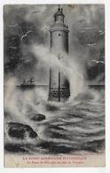 (RECTO / VERSO) LE PHARE DE SENEQUET UN JOUR DE TEMPETE - CPA ABIMEE AVEC PLI ANGLE BAS A GAUCHE - CPA VOYAGEE - Blainville Sur Mer