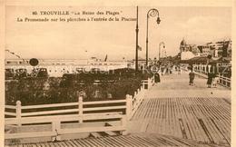 13608673 Trouville-Deauville La Promenade Sur Les Planches A L'entree De La Pisc - Trouville