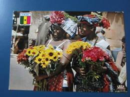 Carte Postale Sénégal Vendeuses De Fleurs à Dakar - Senegal