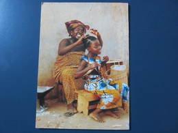 Carte Postale Afrique Séance De Coiffage Au Village - Sonstige