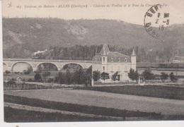 Environ Du Buisson  Chateau De Treillac Et Le Pont De Chemin De Fer Avec Un  Train - France