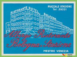 Voyo HOTEL BOLOGNA Mestre Venezia Italy Hotel Label 1970s Vintage - Etiquettes D'hotels