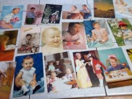 68 CP  LES ENFANTS - Postcards