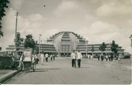 Le Phnom-Penh  Le Nouveau Marché Souvenir D'Indochine  Cambodge  Cpa - Cambodja