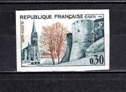 FRANCE  N° 1389a  NON DENTELE NEUF SANS CHARNIERE  COTE 23.00€   EGLISE CHATEAU - Francia