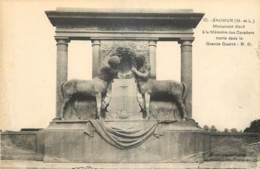 49 - SAUMUR - MONUMENT A LA MÉMOIRE DES CAVALIERS - Saumur