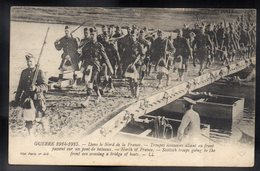 GUERRE 1914/15 - Dans Le Nord De La France - Troupes écossaises Allant Au Front - #B741 - Guerra 1914-18