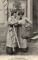 PARIS - LES FEMMES COLLEUSES D'AFFICHES - Artisanry In Paris