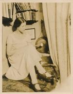 Photo Portrait Femme Berlin 1926 Livres Gong Musique Instrument Woman Mode - Persone Anonimi