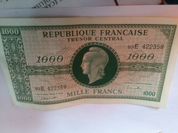 BILLET MILLE FRANCS TRESOR CENTRAL REPUBLIQUE FRANCAISE   TYPE MARIANNE  N°93E 422348 TTB - Tesoro