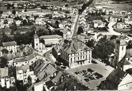 CHAMPAGNOLE - 39 - Jura - En Avion Au-dessus De... La Mairie Et La Place - Champagnole