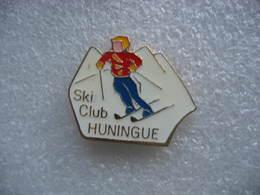Pin's Du Ski Club De HUNINGUE (Dépt 68) - Wintersport