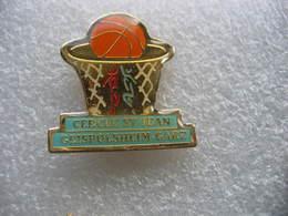 Pin's Club De Basketball Du Cercle St Jean à GEISPOLSHEIM-Gare (Dépt 67) - Wintersport