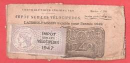 Impôt Sur Les Vélocipèdes  Vélo  LAISSER PASSER Pour L'année 1942 Avec 6 Timbres 1943,1944,1945,1946,1947 Et 1948 - Revenue Stamps