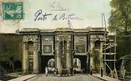 59 - Lille - Porte De Béthune - Animée - Colorisée - Oblitération Ronde De 1909 - Voir Scans Recto-Verso - Lille