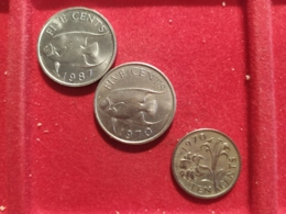 Bermuda 3 Monete Diverse - Benin