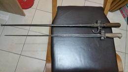 LOT  DE  2  BAIONNETTES  LEBEL   1er  &  2ieme  MODEL - Knives/Swords