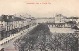 55 - COMMERCY - Place De L'Hôtel De Ville - Commercy