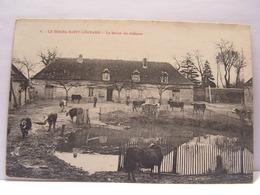 CPA 61 ORNE LE BOURG SAINT LEONARD LA FERME DU CHATEAU 468 - Frankrijk