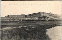 51bm 2037 CPA - VERSAILLES - LE CHATEAU ET LES CENTS MARCHES - Versailles (Castello)