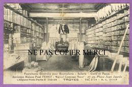 TROYES - Interieur De Magasin De Fournitures Pour Bourrellerie Et Sellerie Cuirs Et Peaux Place Jean Jaures - Troyes