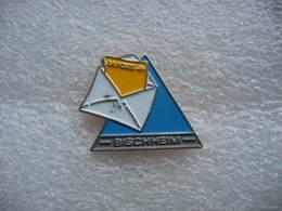 Pin's De La Poste De BISCHHEIM (Dépt 67) - Wintersport