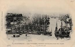 Dunkerque Quai Hollandais , Goélette Islandaise Avant Leur Départ ( Vue De La Place Du Minck, éditeur Falciny Avant 1902 - Dunkerque