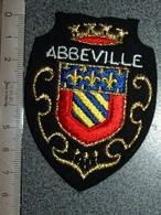 ECUSSON  TOURISTIQUE TISSUS  ABBEVILLE - Blazoenen (textiel)